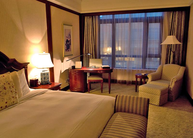ビジネスホテル満足度調査、 5年連続1位のホテルとは?